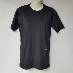 """Reebok Play Dry """"Strnght No Excuses"""" Top Size L"""